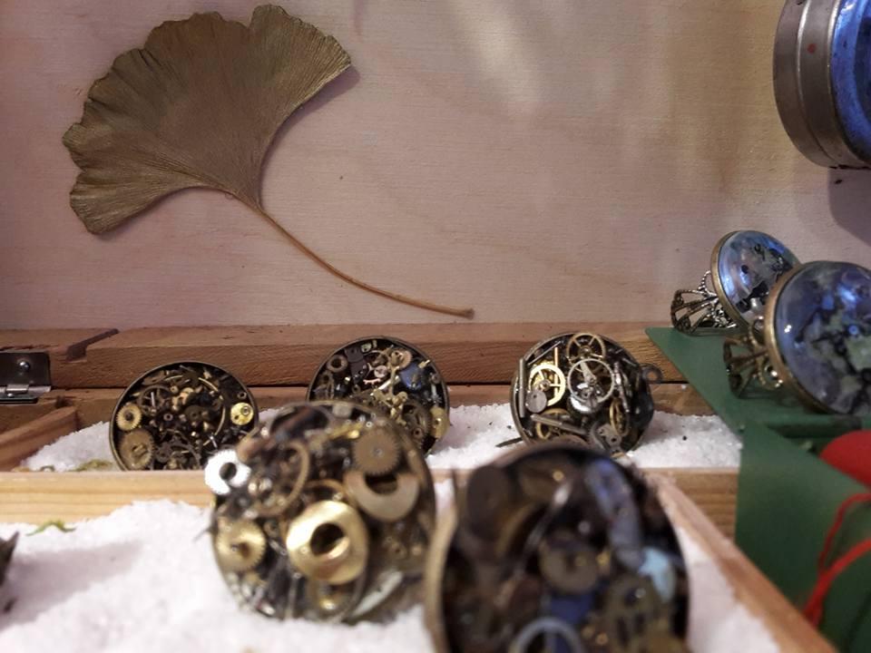Ringe aus Uhrenschmuckteilen